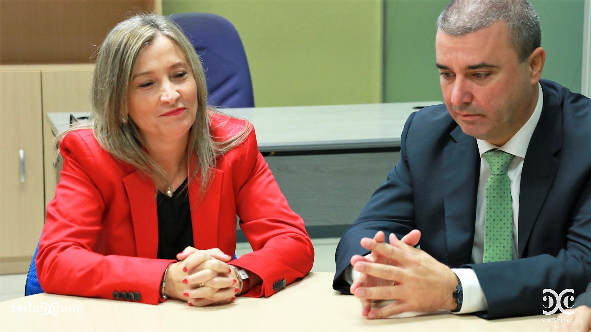 Mari Carmen Blas, Responsable de Tiendas y Emilio Arnal, Director Financiero y RR.HH