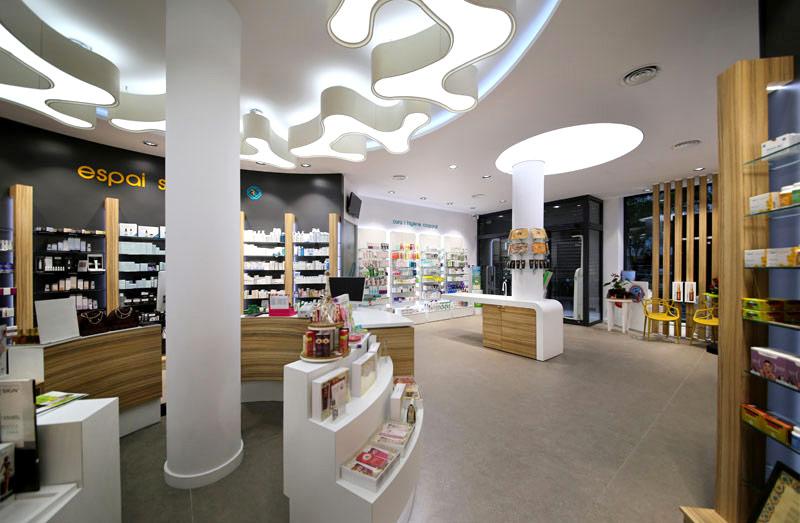 Una de las farmacias con tecnología de Apotheka.