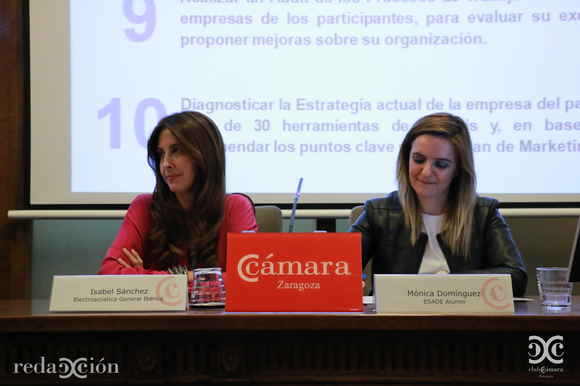 Isabel Sánchez, de Electroacústica General Ibérica, y Mónica Domínguez