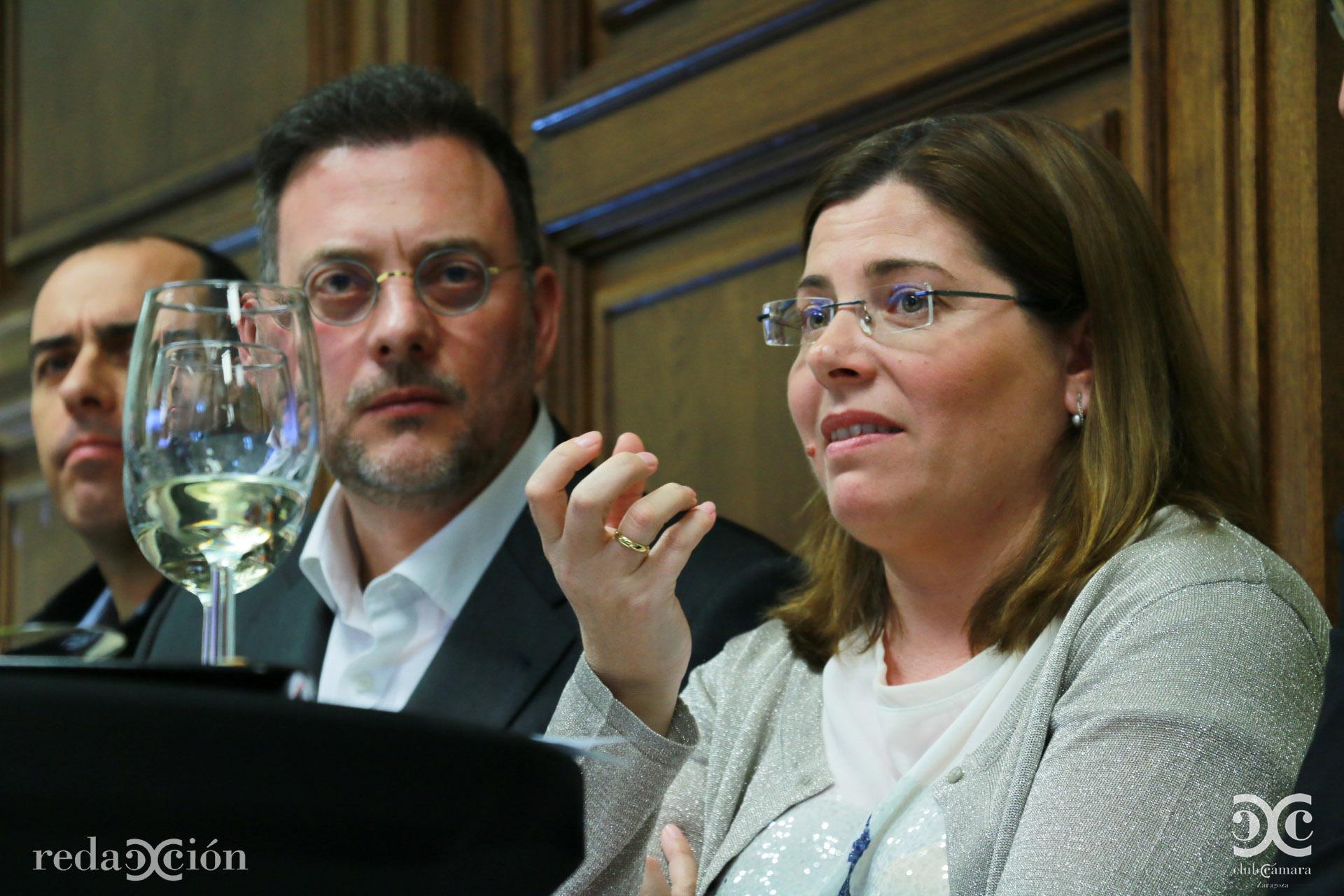 Elena García-Lechuz, en primer plano.