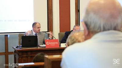 Alfonso Martín, en un momento de la charla. Fotos: Arturo Gascón.