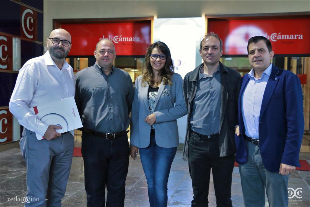 Ramón Añaños, Juan Carlos Ramos, Mariela Gómez, José Ignacio Mendive y Narciso Samaniego.
