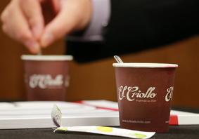 Los socios del Club Cámara pueden participar en las mesas abiertas como espectadores desde el Hospitality Corner, un espacio gentileza de Cafés El Criollo.