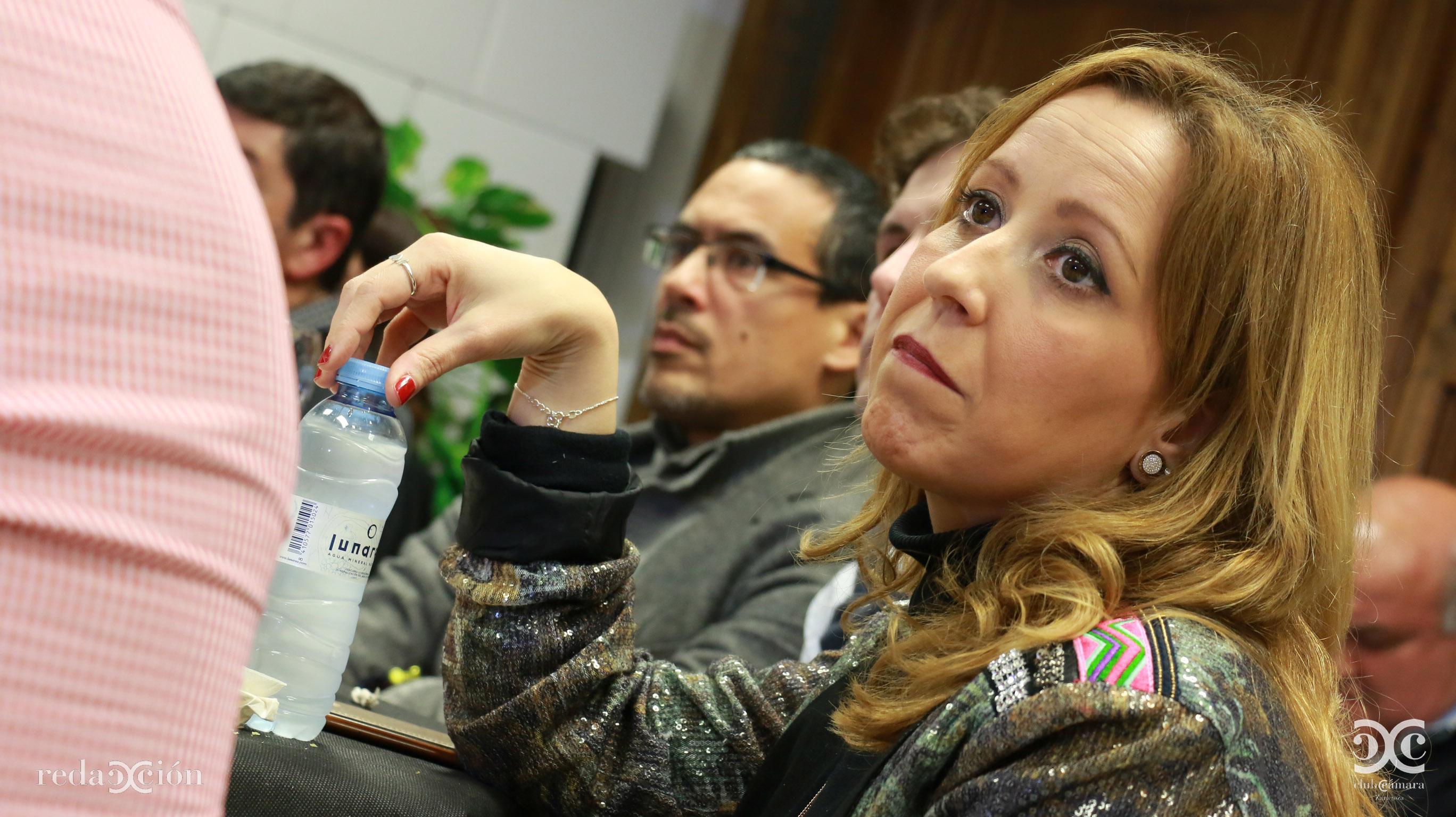 Nathalia Antas Zaragoza Servicio