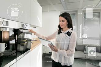 20180214_BSH_Hausgeräte_Küchenszene_1