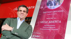 Santiago Lascasas, Cafés El Criollo