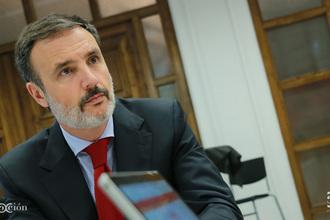 Mariano Arribas Controller.