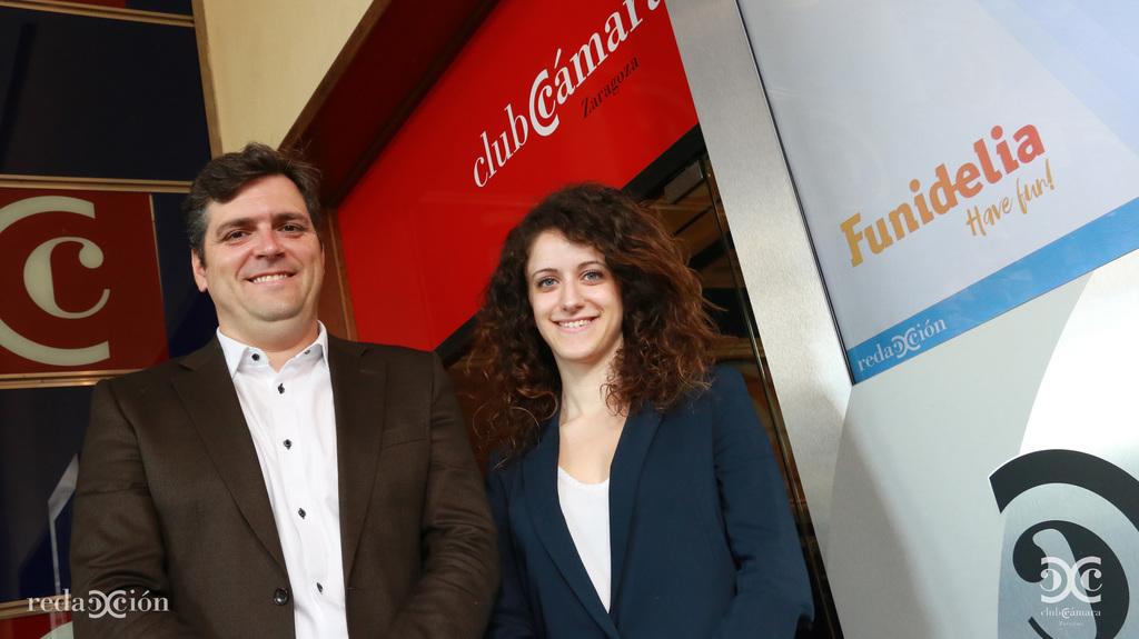 Javier Ferraz, Funidelia, Sara García