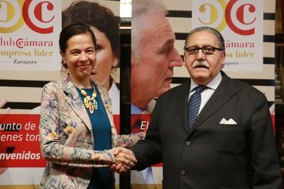 Luisa Mª Ferrández (AUREN) con Manuel Teruel