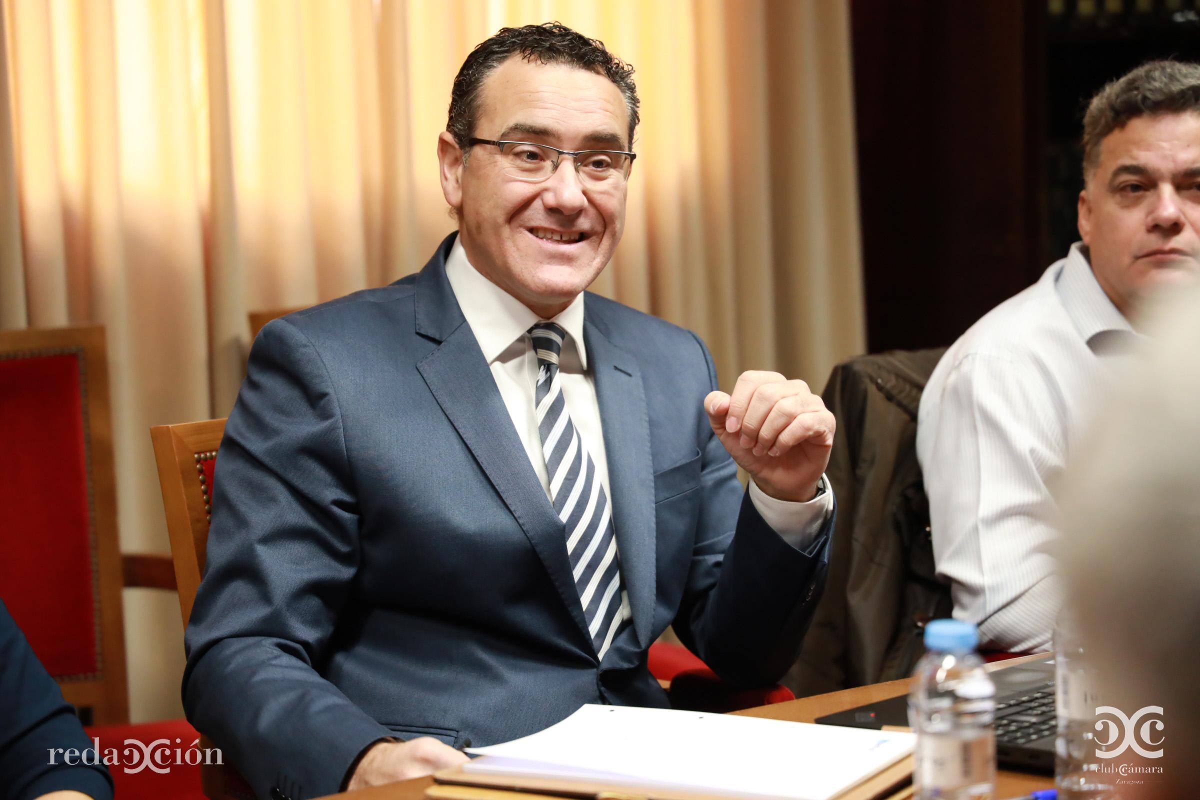 Alejandro Aliaga, Maetel
