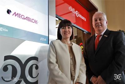 Sonia Valverde, Juan Valle, Megablock