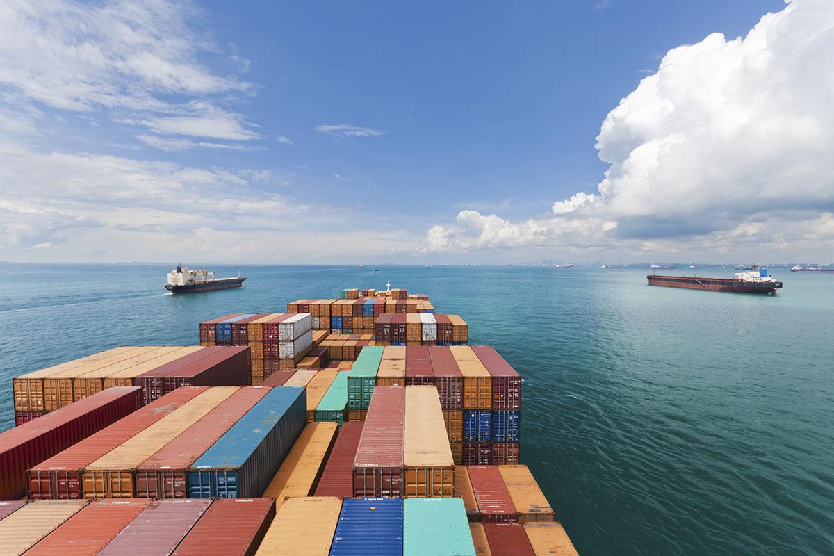Desayuno de trabajo - Los riesgos en el transporte marítimo internacional