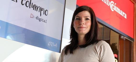Anne Lise Ghirardi, El Columpio Digital.